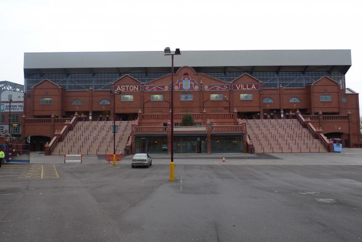 holte end, rear