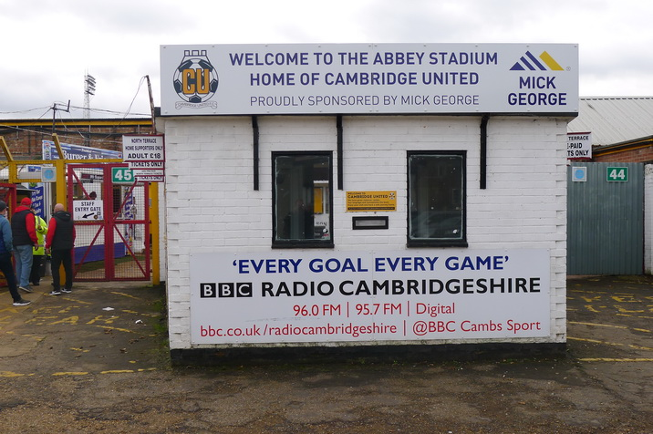Welcome-to-the-Abbey-Stadium.JPG