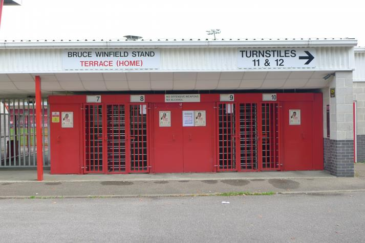 bruce winfield stand, entrance