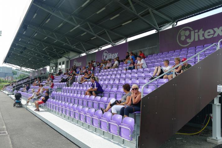 west stand3