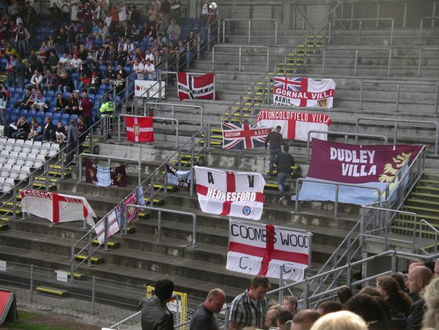 villa flags