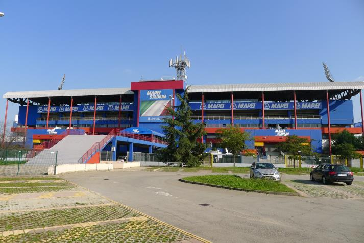 tribuna, rear