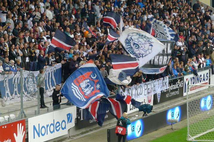 agf-fans2